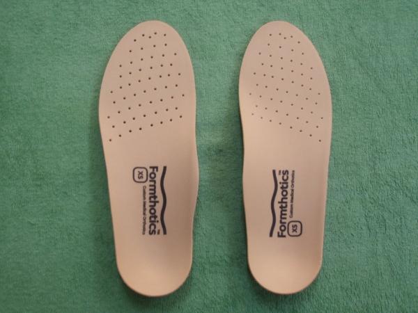 専用形状の足整板が効果を発揮します